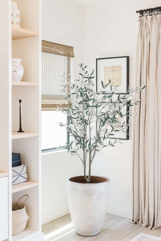 Declutter your home and redecorate it!